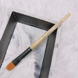 Jane Iredale CAMOUFLAGE concealer Brush